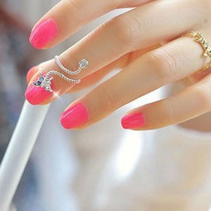 Crystal Embelleshed Butterfly Twist Ring